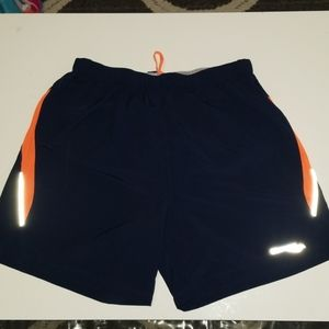 Mens Medium Saucony Swim Trunks